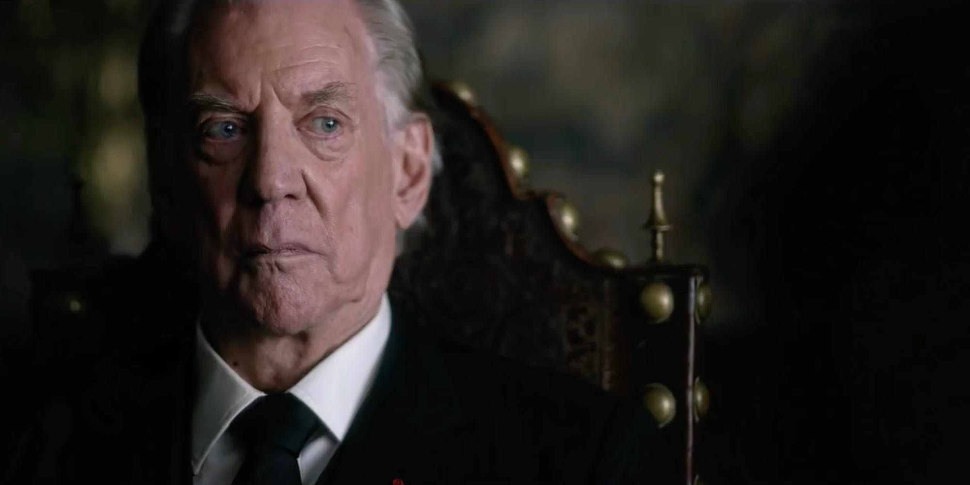 Donald Sutherland in Trust FX 1